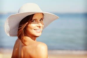 Mitos y verdades sobre el cuidado de la piel bajo el sol