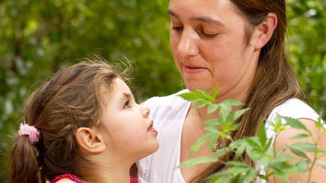 Josefina y su mamá, Laura