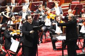 Conforme pasan los años y los recitales, el barítono Víctor Torres parece haberse adueñado del podio del canto de cámara