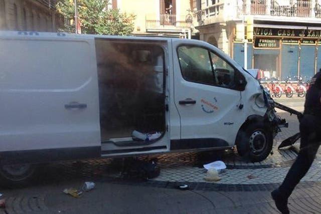 La camioneta que fue utilizada para atropellar a varias personas