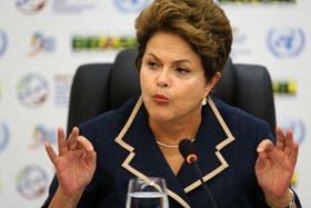 Dilma Rousseff cuestiona el proceso de juicio político a Fernando Lugo