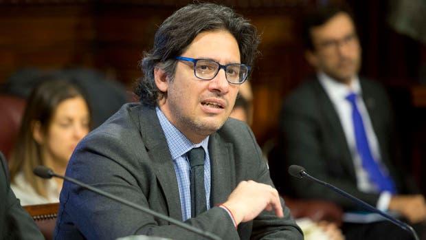 El ministro pidió a la Justicia que tiene el aval del Gobierno para avanzar en la investigación