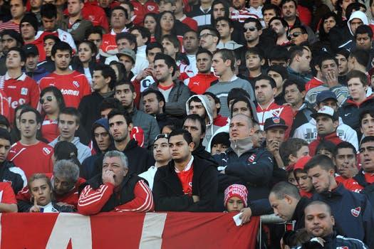 El dolor de los hinchas de Independiente.
