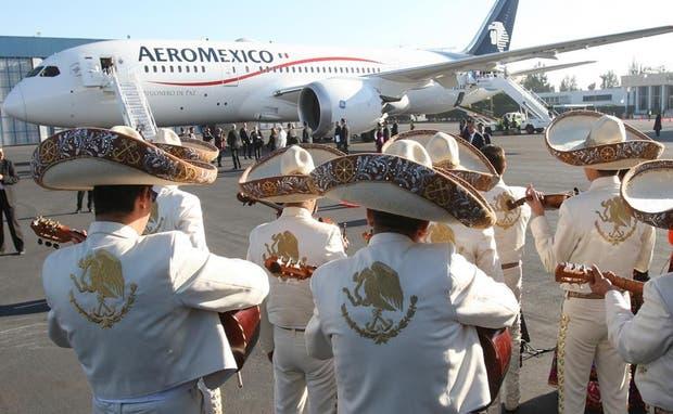El papa Francisco fue despedido por mariachis en su último día en Ciudad de México