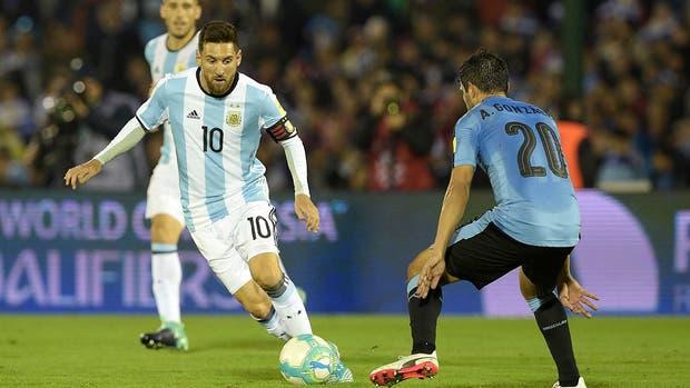 Messi, en acción en el Centenario