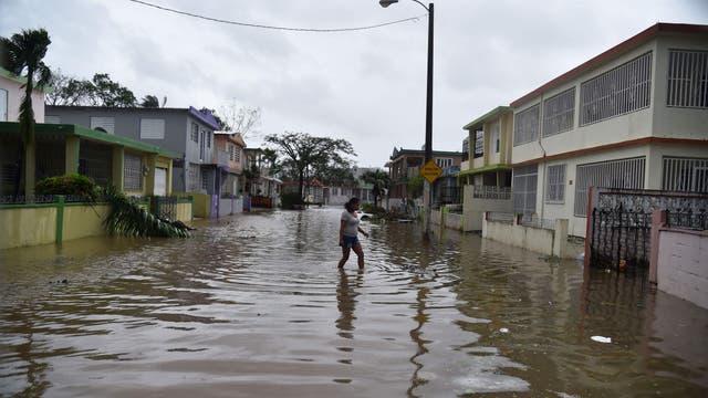 El suministro eléctrico se vino abajo en todo Puerto Rico y descartó que pueda recuperarse de inmediato