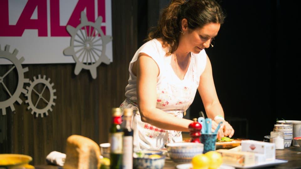 Una clase de cocina con Juliana López May. Foto: LA NACION / Inés Auquer