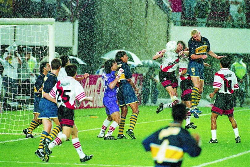 El gol de Palermo, que definió el clásico. Foto: Archivo