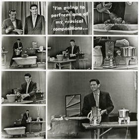 Cage interpreta su pieza Water Walk en un programa de la televisión italiana, en 1959