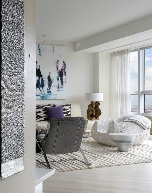Geometría: puro diseño es el leitmotiv de la sala donde se destaca el sillón Zeta, obra de Paul Tutte.