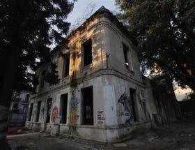 El exterior del antiguo edificio