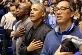 Obama no se quiso perder el partido entre Duke y North Carolina por el que se pagaron hasta 10.000 dólares por una entrada