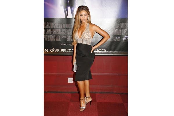 Beyoncé es una de las famosas que usa una faja por debajo de sus vestidos. Foto: Corbis