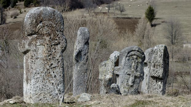 Stecci – Medieval Tombstones. La Unesco estudia incluir en su inventario algunos bienes cultural del mundo. Foto: Sitio oficial de la Unesco