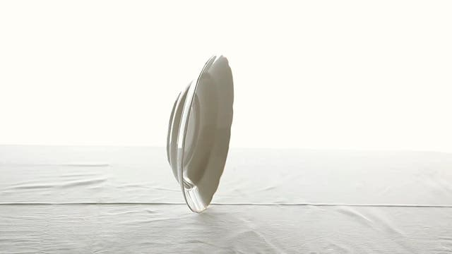 Sobre lo inminente, videoinstalación de Silvia Rivas, se exhibe en el Palacio Duhau en el marco de BA Photo
