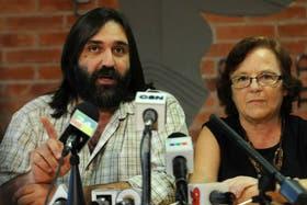 El sindicalista Roberto Baradel, junto a la titular de CTERA, Stella Maldonado.