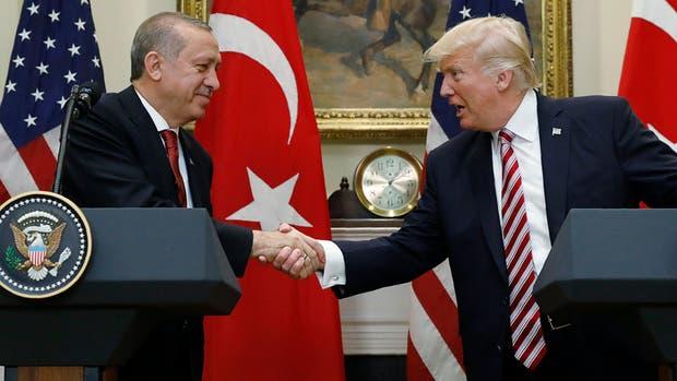 El magnate y Erdogan prometen trabajar contra
