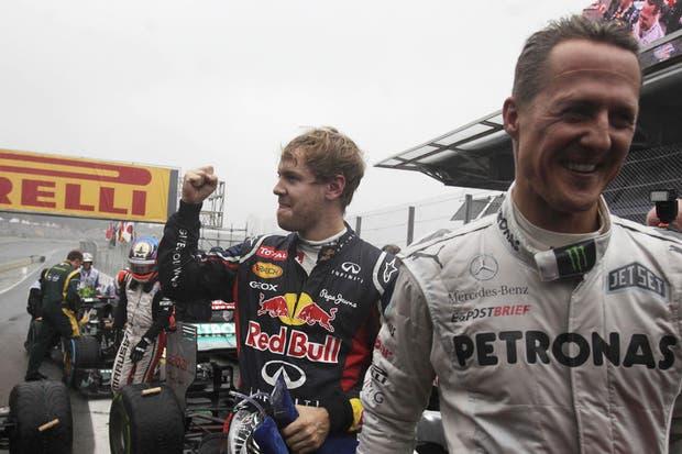 Vettel y Schumacher, los dos grandes protagonistas de la tarde en San Pablo.  Foto:Reuters