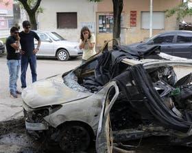 El Peugeot en el que viajaban Juan Carlos Demichelis y su pareja, se incendió