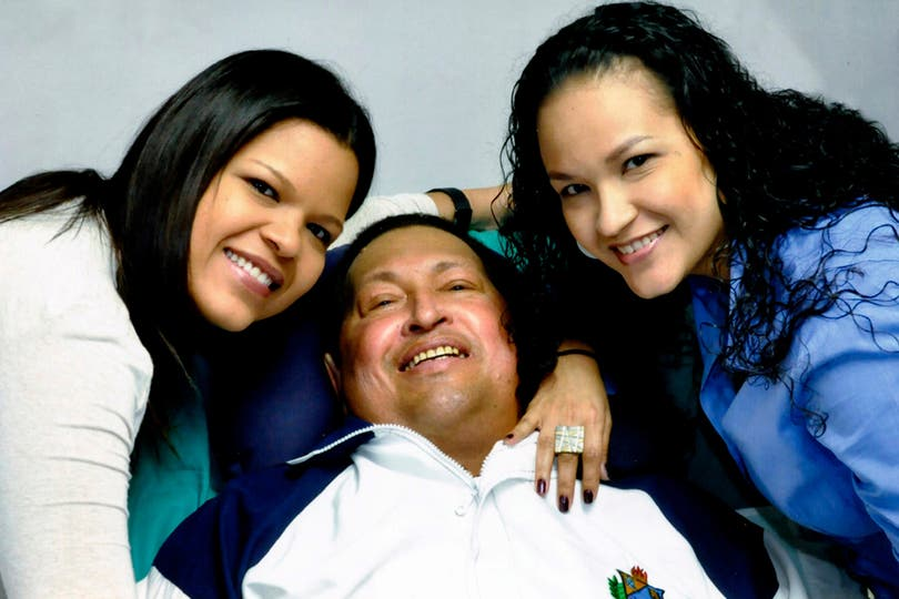 La última foto en la que se lo vió con vida junto a sus hijas, 15 de febrero de 2013. Foto: AP