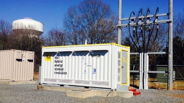 Duke Energy, la empresa energética más grande de EEUU, está probando un novedoso sistema híbrido de almacenamiento de energía