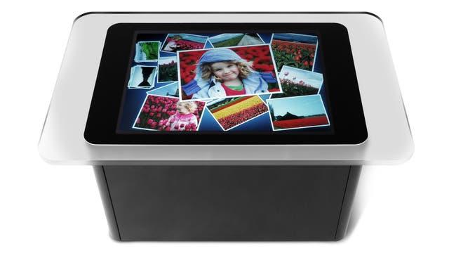La mesa sensible al tacto Microsoft Surface anunciada en mayo de 2007