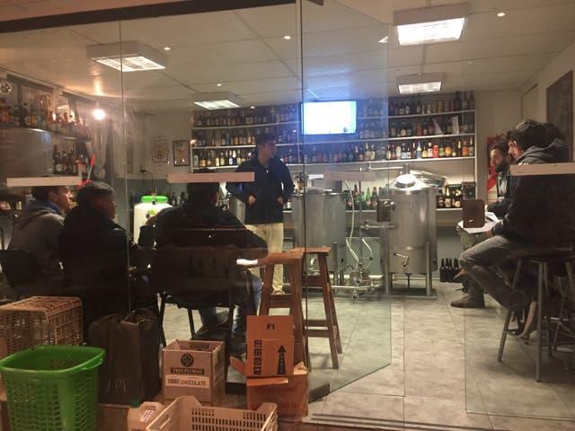 Clase sobre elaboración de cerveza en el Centro Internacional de Coctelería