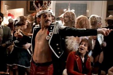 Malek y aplaudida versión como Freddie Mercury