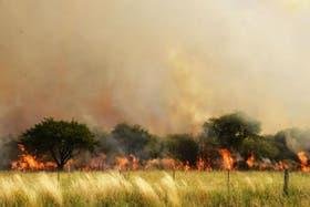 El humo por los incendios en las zonas rurales de La Pampa llegó a Buenos Aires