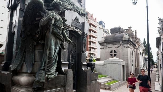 El cementerio de la Recoleta cobrará la entrada a los turistas