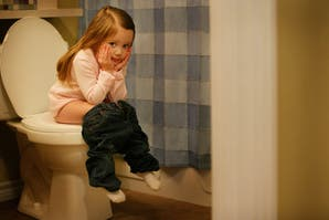 Misión verano: ¿Es conveniente incentivar a los chicos a dejar los pañales?