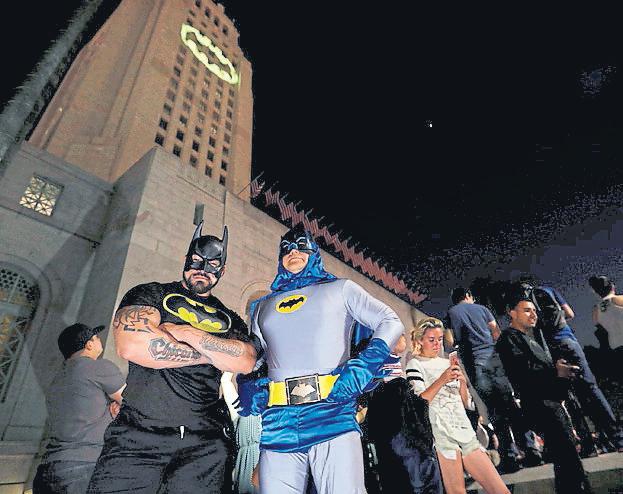 Todos los Batman se sumaron al recuerdo de Adam West