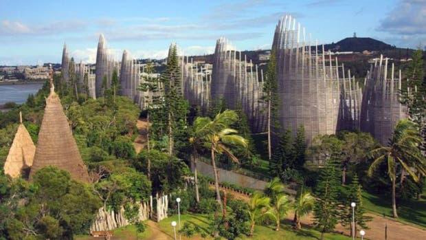 El Centro cultural Tjibaou en Nouméa. El archipiélago de Nueva Caledonia está ubicado a unos 1.500 kilómetros al este de Australia