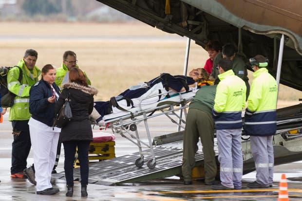 Ayer un avión Hércules de la Fuerza Aérea trasladó a muchos heridos de regreso a Buenos Aires