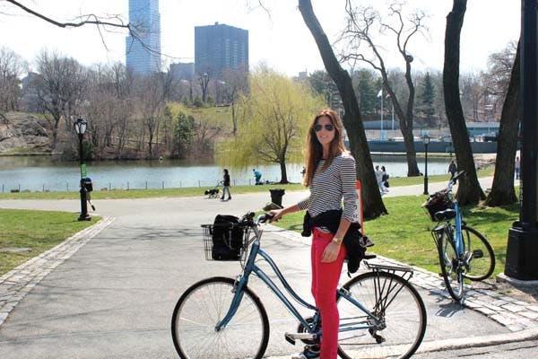 Sofía, uno de los días en los que salieron a recorrer en bici.