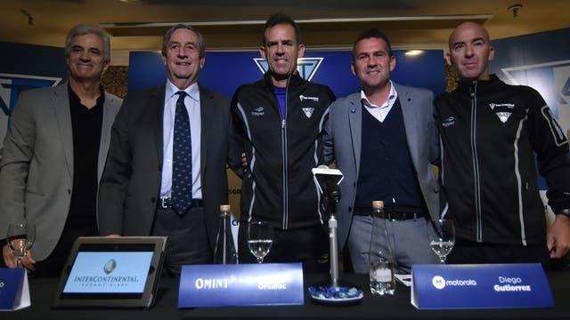 Daniel Orsanic anuncio el equipo que jugara el repechaje