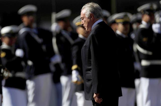 Mientras los jueces votaban, Temer asistió ayer a un acto por el aniversario de una batalla militar, en Brasilia
