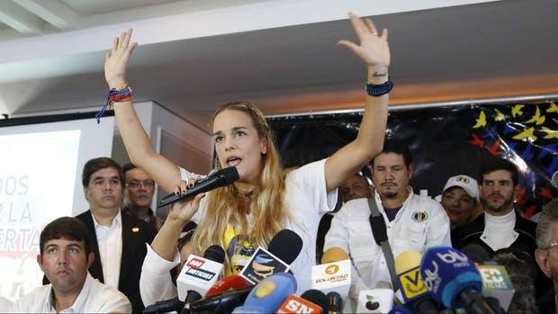 VENEZUELA: La esposa de Leopoldo L�pez acusa a Nicol�s Maduro de