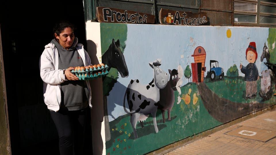 Gracias a lo que producen hay un local de venta al público que funciona en la misma escuela. Foto: LA NACION / Mauro V. Rizzi