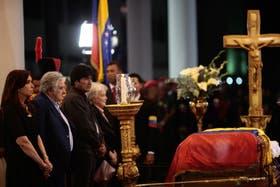 La Presidenta asistió ayer a la capilla, acompañada por José Mujica y Evo Morales