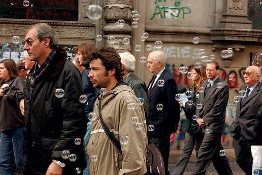 Burbujas (2002), por Martín Lucesole.