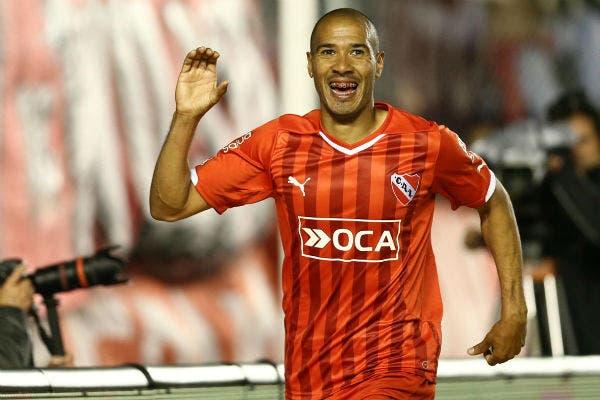 Diego Vera, en seis meses, se convirtió en uno de los mejores delanteros del Rojo. Una excepción a la regla de los últimos tiempos
