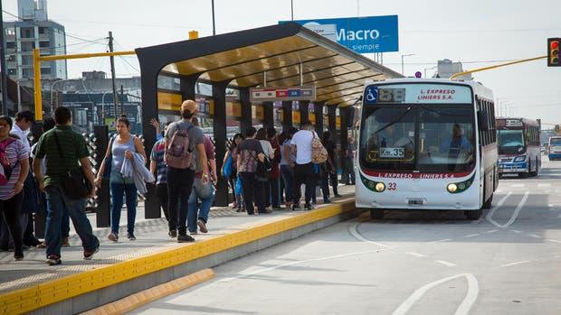 La Gobernadora anunciará este lunes el Metrobús en Mar del Plata