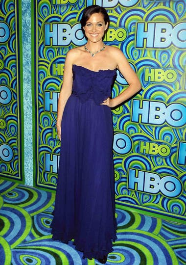 Christine Woods, con un vestido azul Máxima. ¡Divina!. Foto: AP/EFE/Reuters