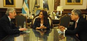 Salas, Fernández de Kirchner y De Vido, ayer en la Casa Rosada