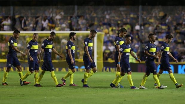 Boca se retira derrotado de la Bombonera