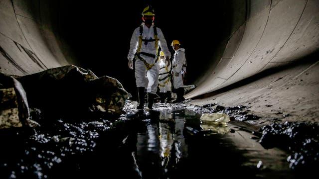 La limpieza en el aliviador del Arroyo Maldonado. Foto: LA NACION / Santiago Filipuzzi