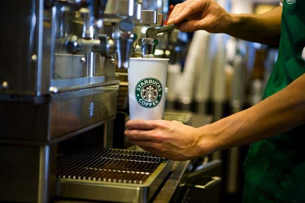 Después de un intento fallido en los noventa, las marcas multinacionales gastronómicas vuelven a la Argentina. Tras el boom de Starbucks, clásicos como Wendy's, KFC y PF Chang's se instalan con buenas perspectivas. ¿Qué generó el regreso de las cadenas?