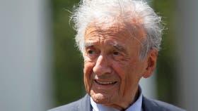 El sobreviviente del Holocausto, escritor y ganador del Premio Nobel de la Paz Elie Wiesel murió a los 87 años en Estados Unidos