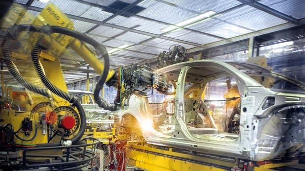 El sector industrial creció casi un 3% en un año